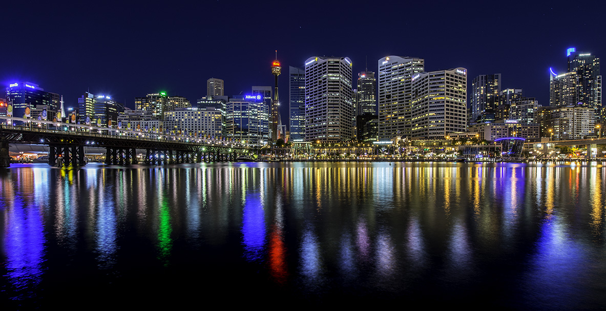Sydney city reflections | Darling Harbour | On3legs