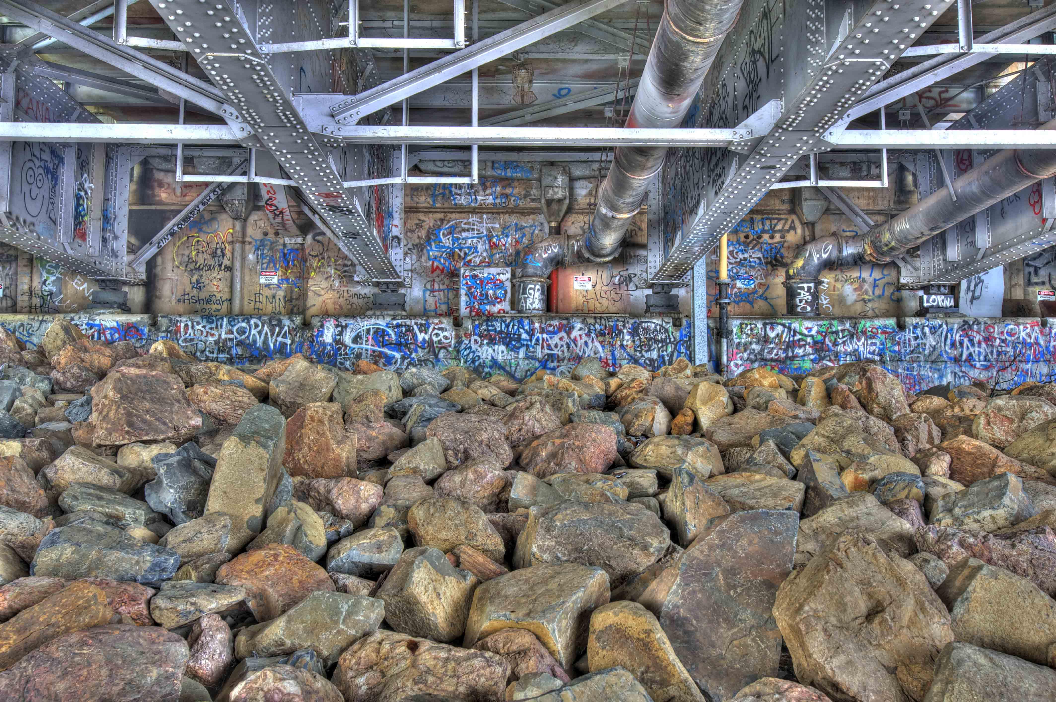 Graffiti HDR photo